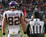 Kyle Rudolph on sidelines