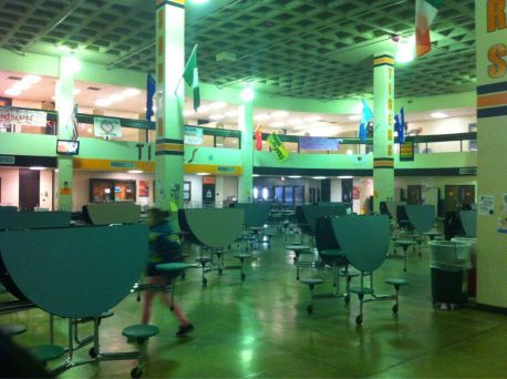 south high school lunch room