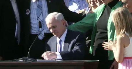 Dayton signs gay marriage bill