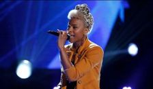 Ashley DuBose on 'The Voice' (photo -- NBC)