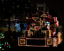 holidazzle parade night