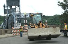 Lift bridge in Stillwater being barricaded on June 23, 2014