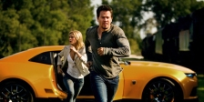 Nicola Peltz and Mark Wahlberg in 'Transformers: Age of Extinction' (photo -- Paramount Pictures)
