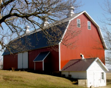 red-barn-farm-northfield (green)