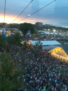 fair-crowds-thousands