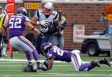 Chad Greenway (vikings.com) Safe with credit