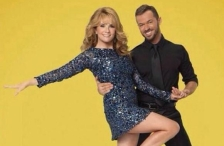 dancing with the stars lea thompson twitter photo
