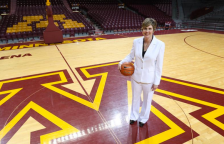 Marlene Stollings (U of M basketball twitter) Linked 2014-09-15 at 5.53.10 PM