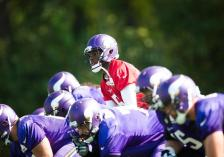 Vikings Offense practice (Vikings.com) Safe with credit