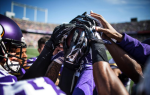 Vikings team huddle (Twitter) Linked 2014-09-18 at 9.24.18 PM