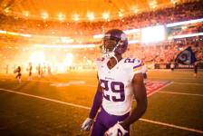 Xavier Rhodes 2 (Vikings.com) Safe with Credit