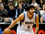 Ricky Rubio (Wiki Commons) GREEN with credit 2014-10-31 at 7.27.03 PM