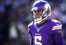 Teddy Bridgewater (Vikings.com Twitter) SAFE with credit 2014-10-15 at 7.31.46 PM