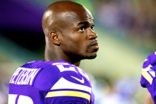 Adrian Peterson 141115