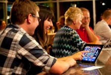 e-pulltab couple playing gambling bar