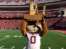 bits-of-wooden-chair-trophy