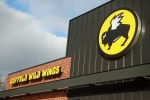 buffalo wild wings bww restaurant food green