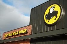 buffalo wild wings bww restaurant food green