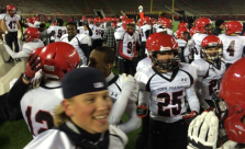 Eden Prairie sideline celebration (Paul Rovelstad Twitter) Embedded 2014-11-21 at 10.03.26 PM