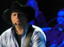 garth brooks target center minneapolis crop instagram