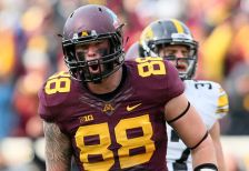 Gophers tight end Maxx Williams has been named as a finalist for the Maxwell Trophy
