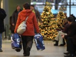 Minnesotans expected to spend more this holiday season.