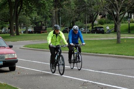 bike biking bicycle city mn green
