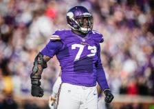 Sharrif Floyd (Vikings.com) SAFE with credit