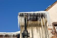 iStock_ice-dam