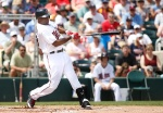 Twins outfielder Torii Hunter blasts his first home run in a Twins uniform since 2007.
