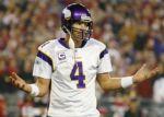 Green Bay will retire former NFL quarterback Brett Favre's jersey on Thanksgiving Day.