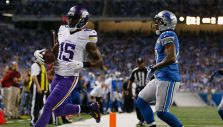 Former Vikings wide receiver Greg Jennings has signed a two-year deal with Miami.