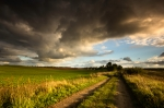 iStock_storms-bly-sky-spring-warm