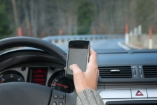 iStock OK TO REUSE _texting-driving-car-distracted