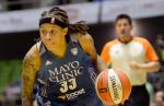 Seimone Augustus (WNBA Twitter) Embedded 2015-06-19 at 9.20.03 PM