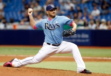 ST. PETERSBURG, FL - MAY 10:  Kevin Jepsen #40 of the Tampa Bay Rays pitches during the eighth inning of a game against the Texas Rangers on May 10, 2015 at Tropicana Field in St. Petersburg, Florida.  (Photo by Brian Blanco/Getty Images)