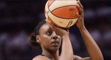 Monica Wright (Lindsay Young Twitter)