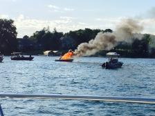 boat-fire-lake-minnetonka-4
