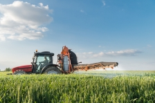 iStock_farm-machine-wheat