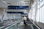iStock_msp-airport-moving-walkway