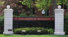 640px-University_of_Minnesota_entrance_sign_1