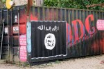 flickr_islamic-state-flag-graffiti