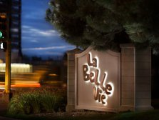 la_belle_vie_closing