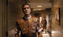 """In this image released by Universal Pictures, George Clooney portrays Baird Whitlock in the film, """"Hail, Caesar!."""" (Universal Pictures via AP)"""
