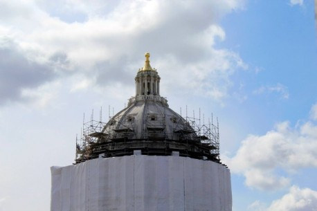 MN Capitol dome with scaffolding