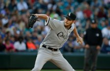 Chicago White Sox starting pitcher Chris Sale throws against the Seattle Mariners during a baseball game, Monday, July 18, 2016, in Seattle. (AP Photo/Ted S. Warren)