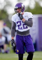 Minnesota Vikings free safety Harrison Smith (22) during the first day of the team's NFL football training camp at Mankato State University in Mankato, Minn. on Friday, July, 29, 2016.(AP Photo/Andy Clayton-King)