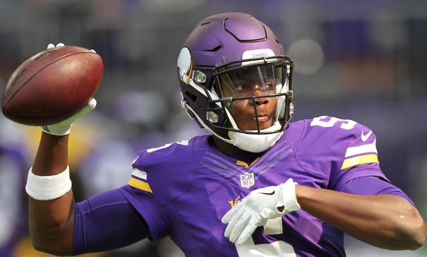 Vikings Place Bridgewater on Injured Reserve