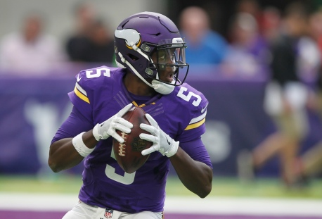 Minnesota Vikings quarterback Teddy Bridgewater throws a pass during the first half of an NFL preseason football game against the San Diego Chargers Sunday, Aug. 28, 2016, in Minneapolis. (AP Photo/Andy Clayton-King)
