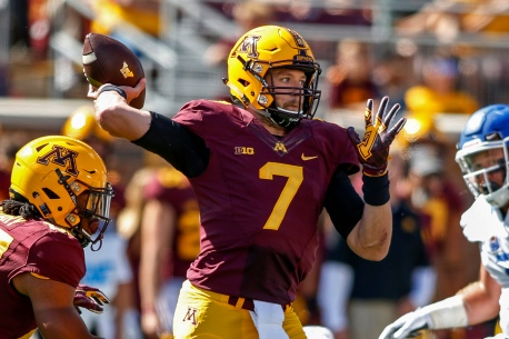 Minnesota quarterback Mitch Leidner passes against Indiana State in the first quarter of an NCAA college football game Saturday, Sept. 10, 2016, in Minneapolis. (AP Photo/Bruce Kluckhohn)